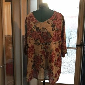 Floral top by Catherines, size 2X (22/24W)